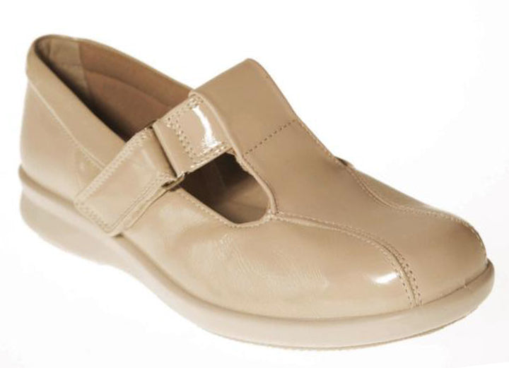Womens Wide Fit DB Rowena Shoes