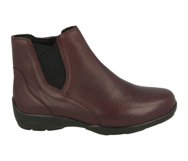 Womens Wide Fit DB Chloe Leather Boots|collection_image