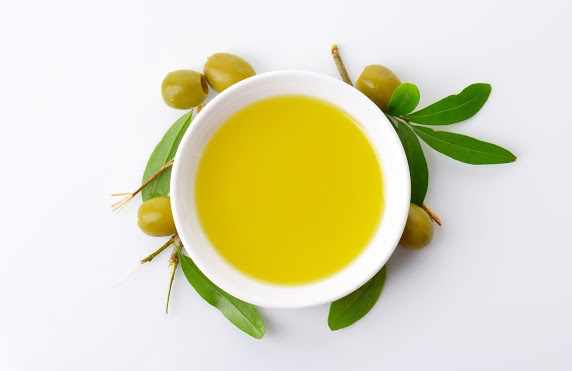 What Does The Color of Olive Oil Tell Us?