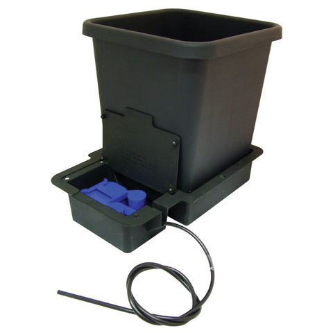 Autopot watering systems - NPK Technology Hydroponics