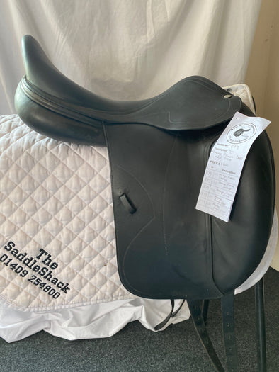 "#0879 17.5"" America Dressage Saddle M Black"