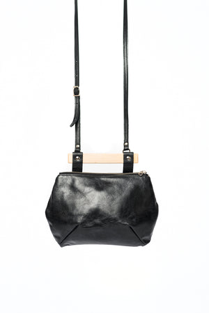Leather crossbody bag with wood handle - 20:25