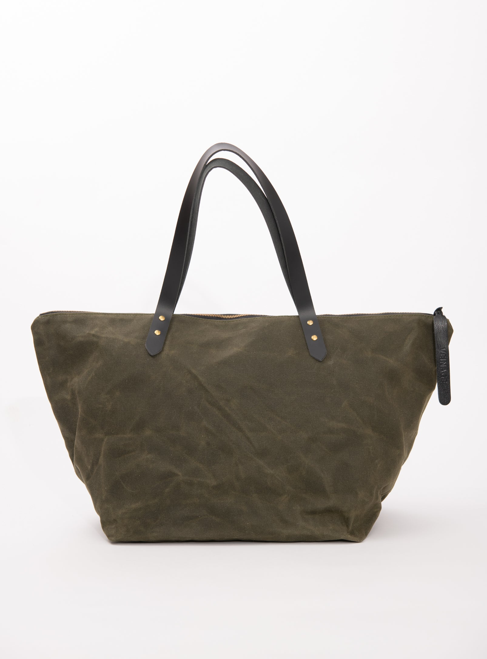 Veinage Frontenac waxed canvas and leather travel bag