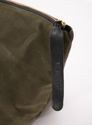 Veinage Frontenac waxed canvas and leather travel bag detail