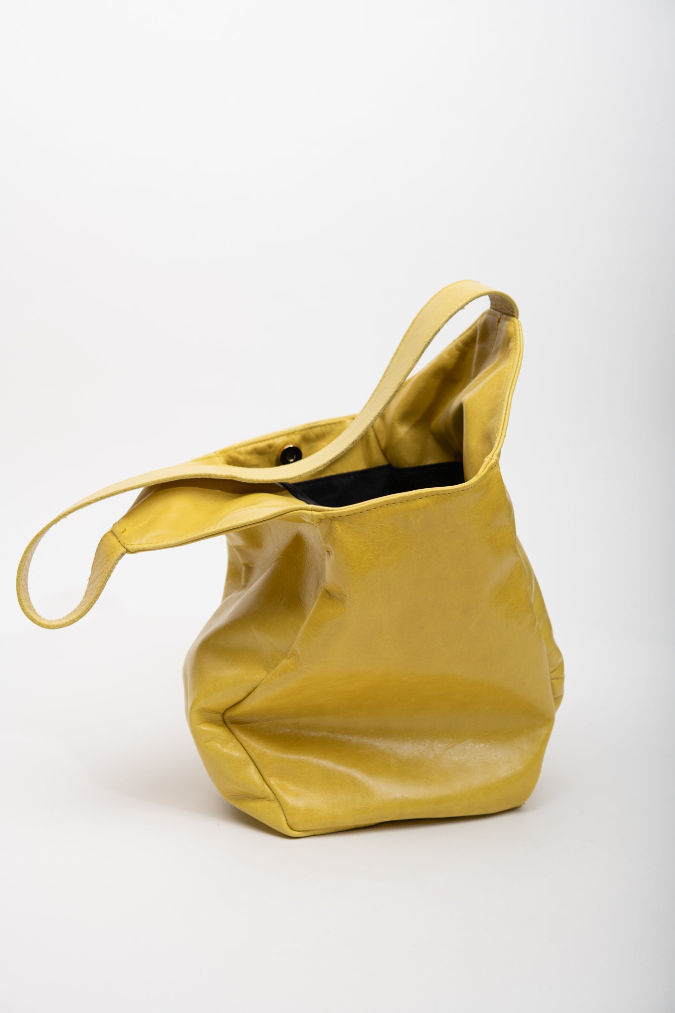 Veinage Geometrical yellow leather tote bag MONT-ROYAL model