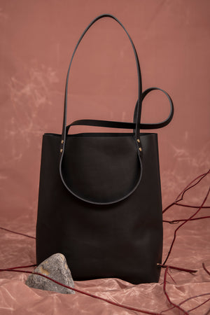 Veinage Molson black leather minimalist tote bag
