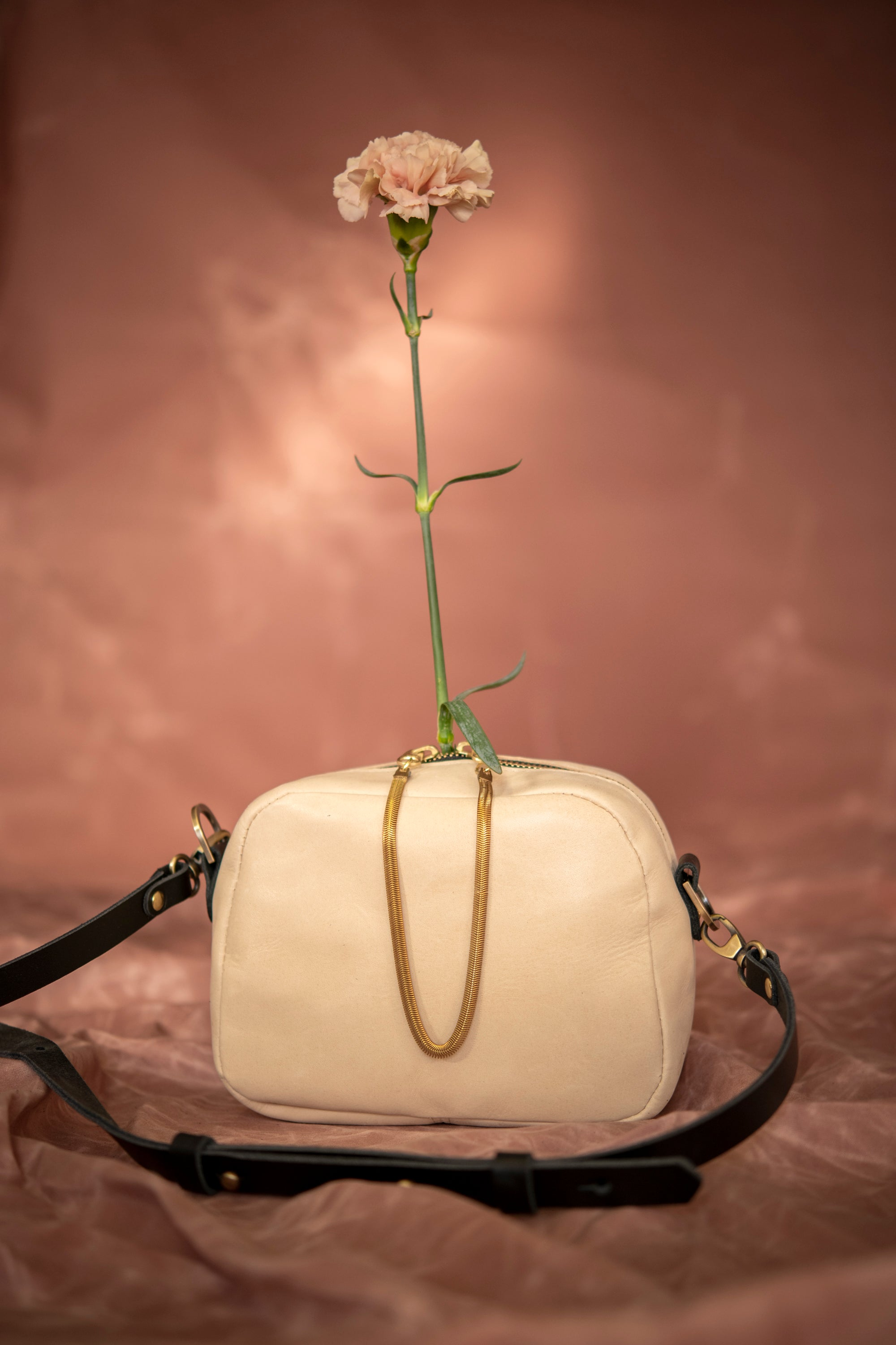 Veinage Cartier ivory leather crossbody bag