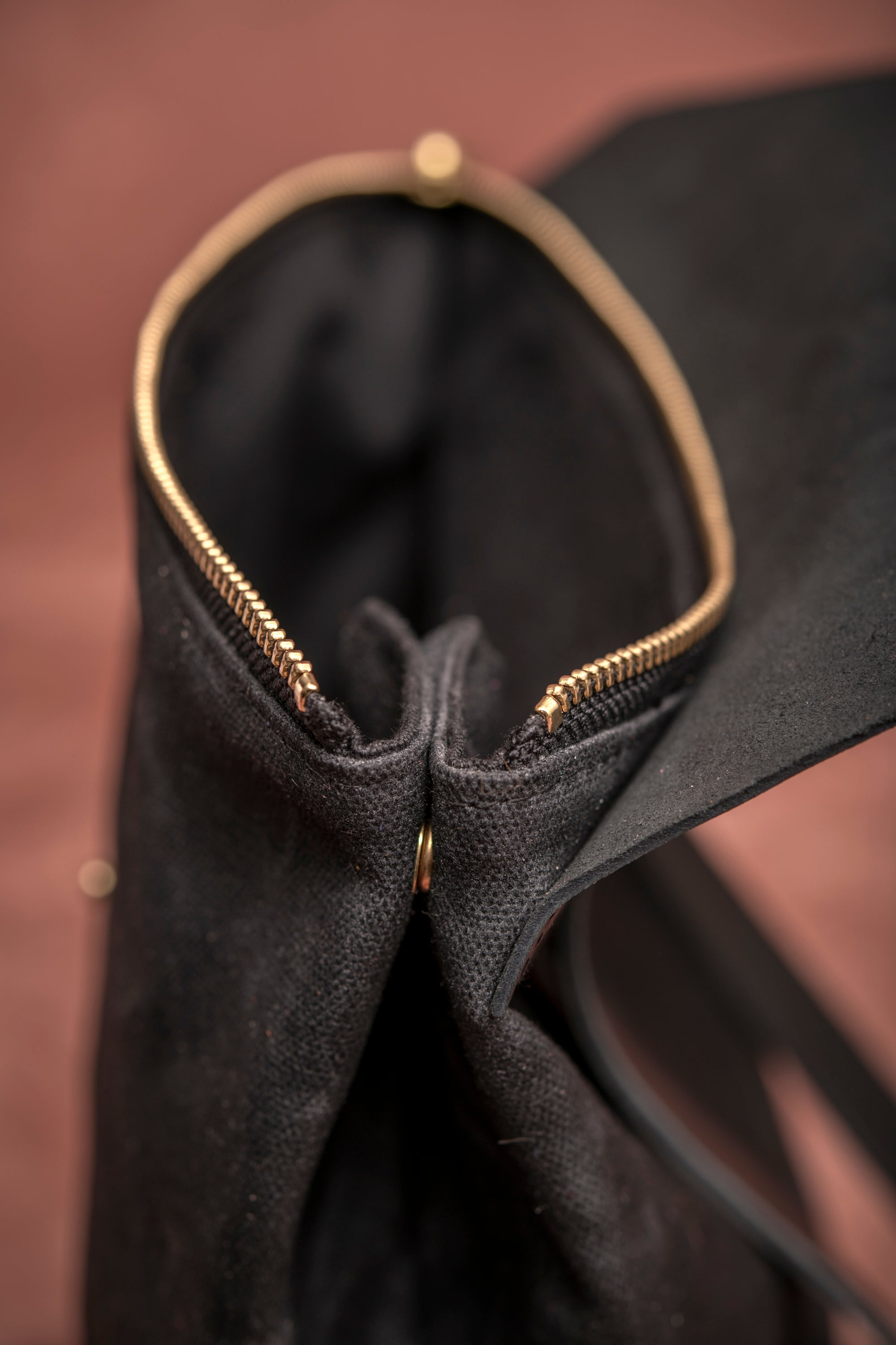 Veinage Fullum black leather and waxed canvas backpack detail