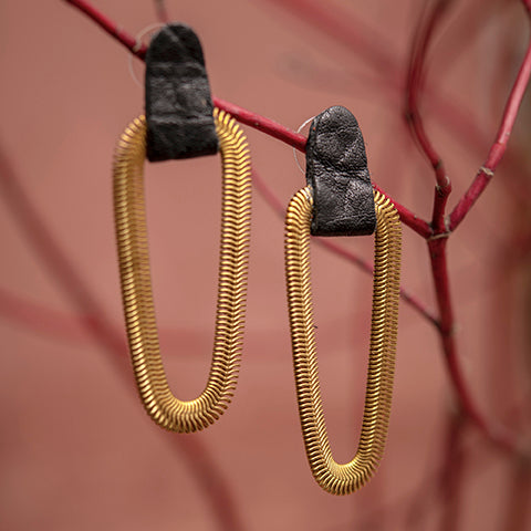 Statement leather and brass earrings - 9e avenue