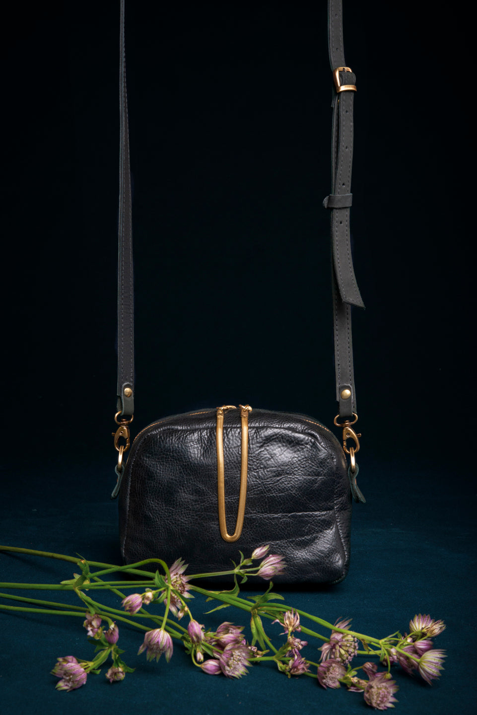 Leather bag with brass snake chain tassel - Cartier