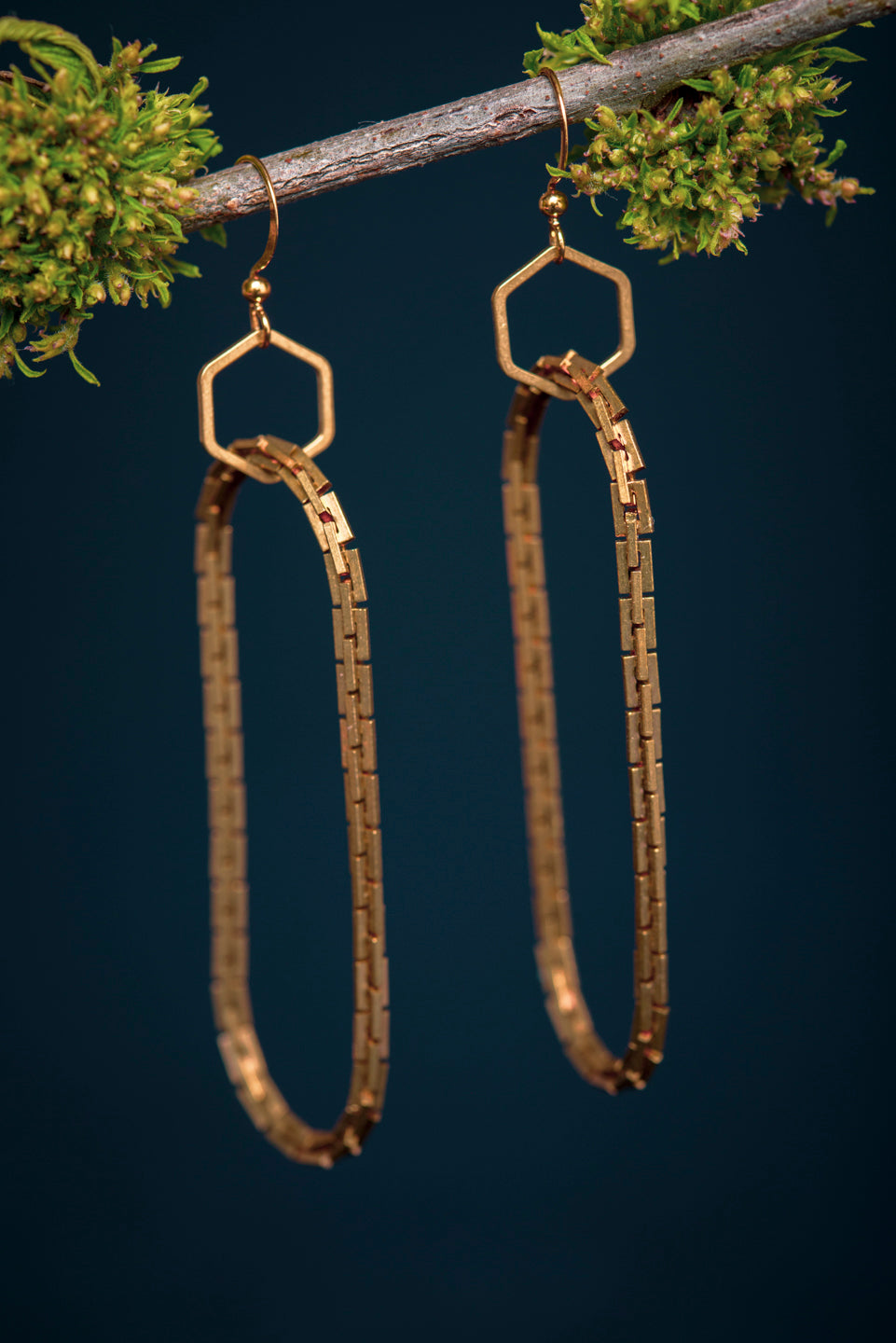 Handmade geometrical brass earrings - 1ère avenue