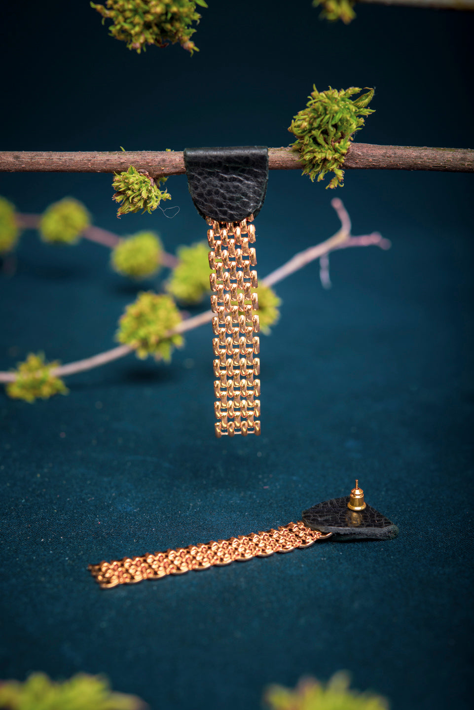 Leather and gold mesh chain stud earrings - 8e avenue