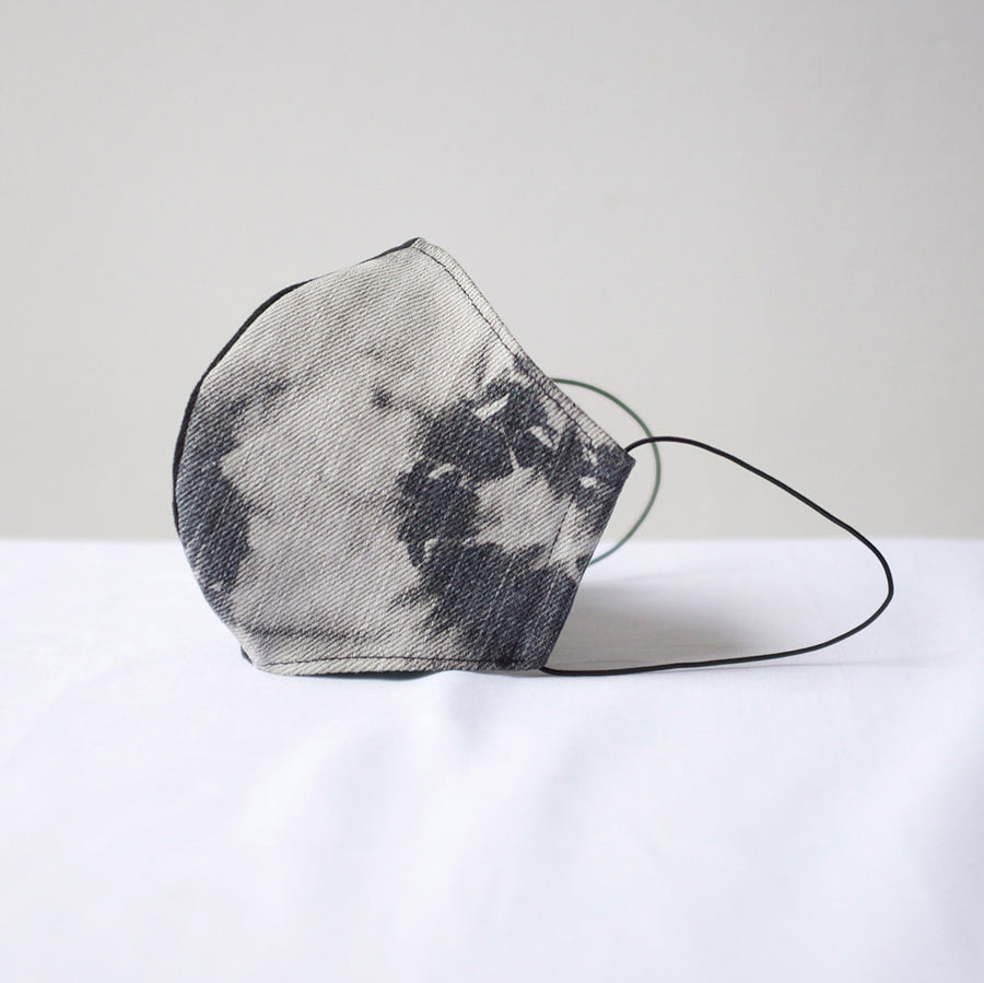 Sustainable Denim Face Mask in Black / Black Flower Contrast