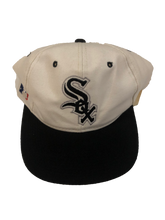 Load image into Gallery viewer, White Sox Snapback