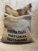 Load image into Gallery viewer, Brazil – Fazenda Natural Trapia (Hand Picked)