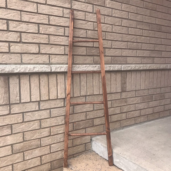 Angled blanket ladder -5 feet