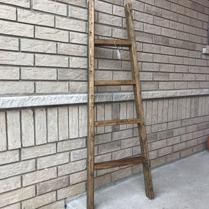 Angled blanket ladder 5 feet