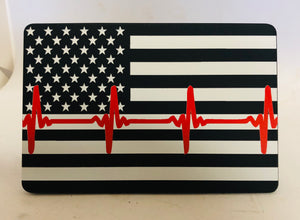 American Flag B/W WITH THIN RED HEARTBEAT