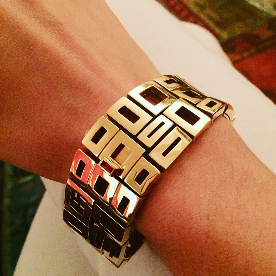 Geometric Plain Cuff in 18ct Yellow Gold by Stefano Canturi