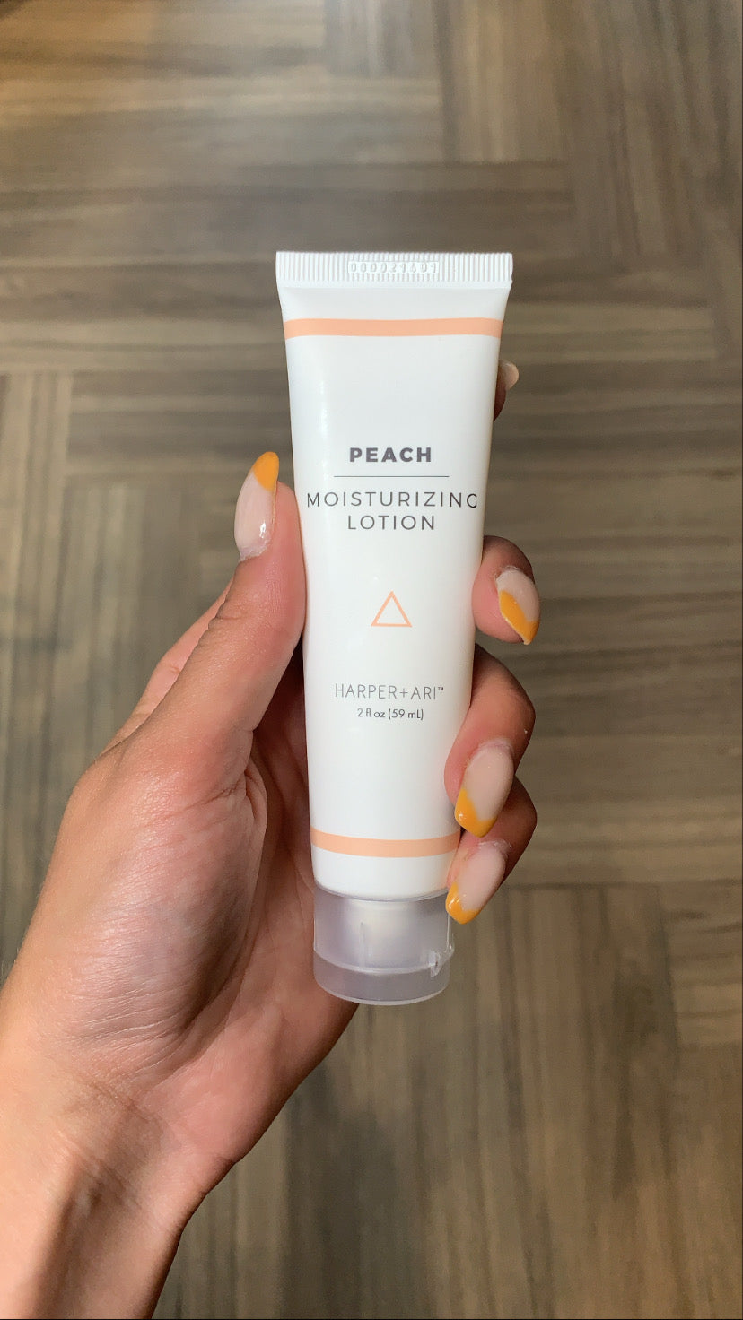 MOISTURIZING LOTION (PEACH)