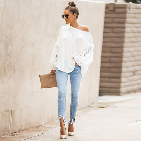 Fashion blog: 8 women's casual spring fashion essentials - woman wearing Lantern Sleeve Pullover Sweater