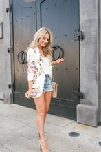 Load image into Gallery viewer, Floral Print Blazer - Arona XO