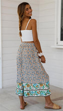 Load image into Gallery viewer, Loose Wide Leg Floral Pants - Arona XO