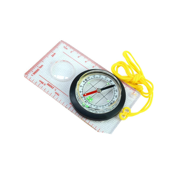 Liquid filled map compass with double scale and magnifying glas
