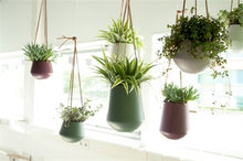 Load image into Gallery viewer, Green Hanging Plant Pot