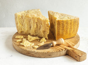 Parmigiano Reggino: 1 kg wedge