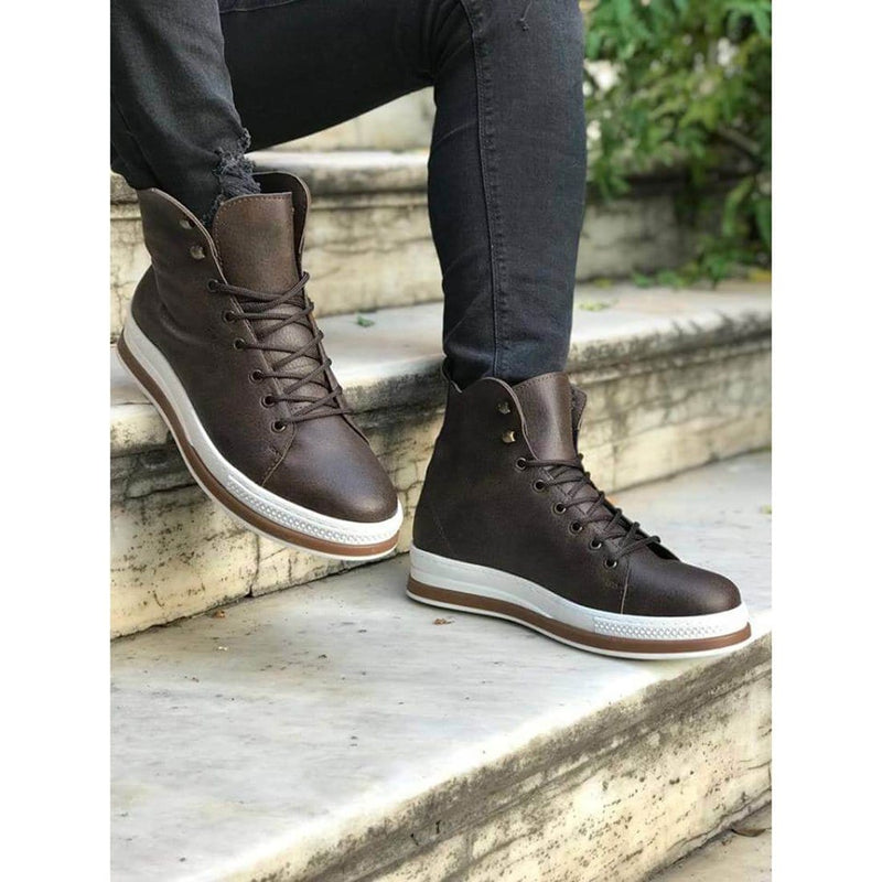 Brown_Skin_White_Sole_Men's_Boot_2