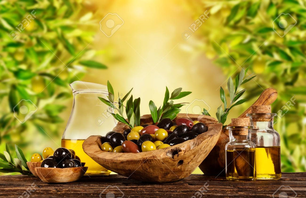 Health Benefits of Extra Virgin Olive Oil and Balsamic Vinegar