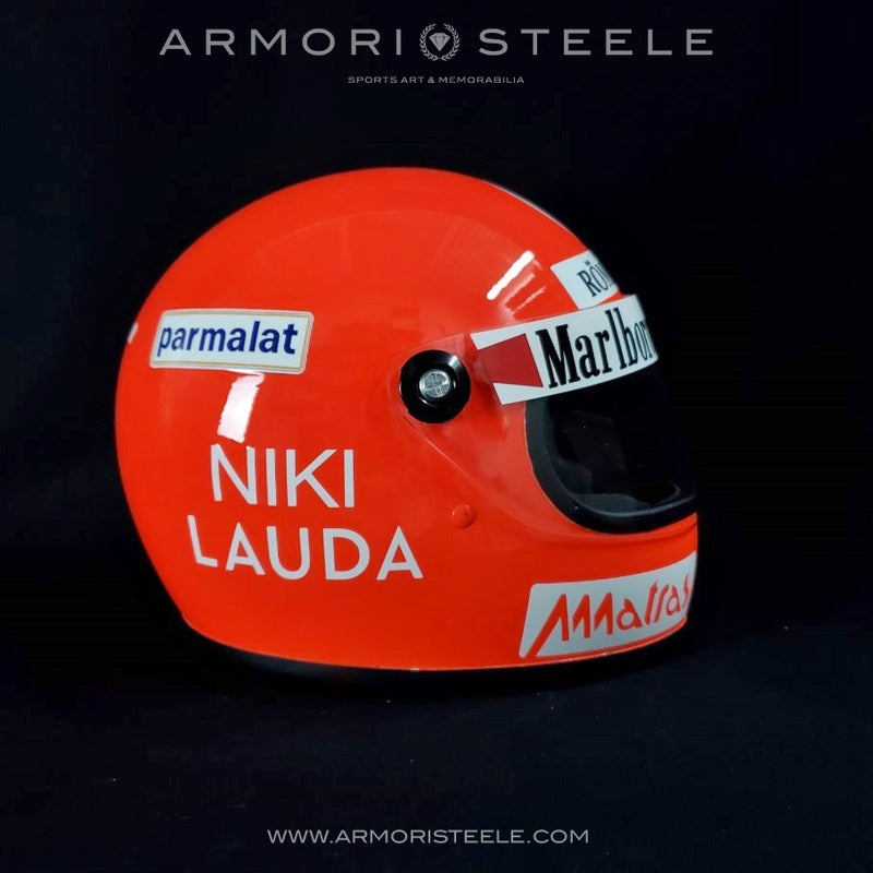 NIKI LAUDA 1977 SIGNED AUTOGRAPHED TRIBUTE HELMET FERRARI F1 DISPLAY EDITION - SIGNED DIRECTLY ON HELMET