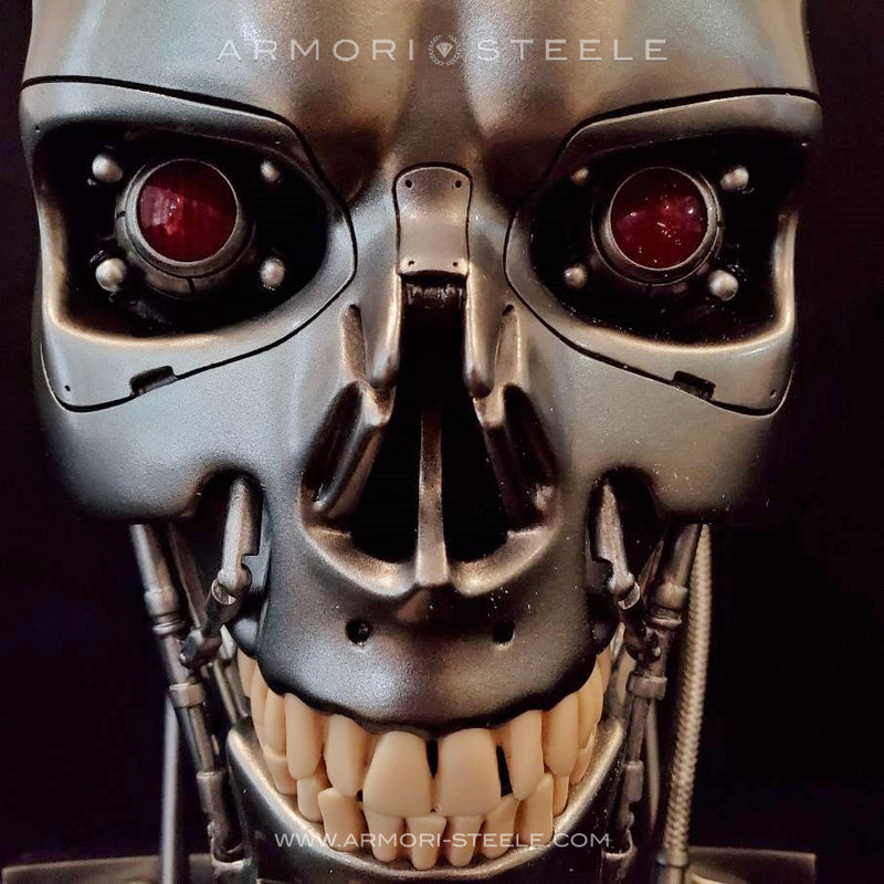 TERMINATOR T-800 SIGNED BY ARNOLD SCHWARZENEGGER HEAD SKULL SKELETON AUTOGRAPHED FULL SCALE 1:1 -SOLD OUT