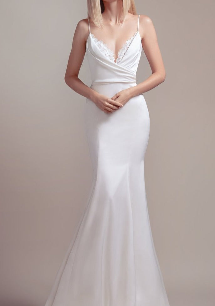 Fawn By Blush By Hayley Paige Wedding Dress - Size 8
