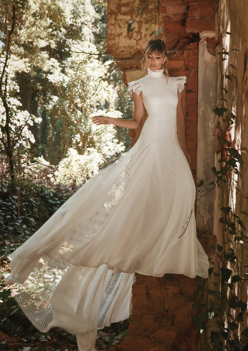 Harriet By Vagabond Wedding Dress / Size 10