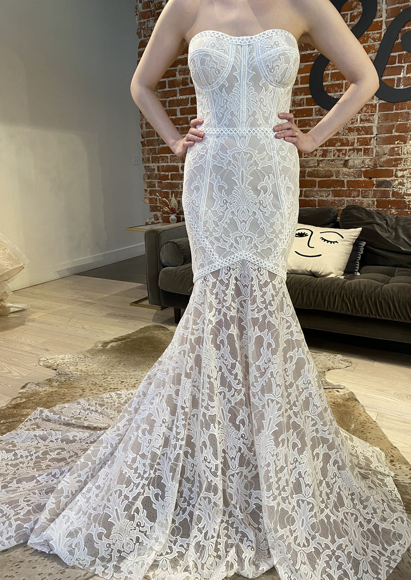 Atlantis By Vagabond Wedding Dress - Size 12