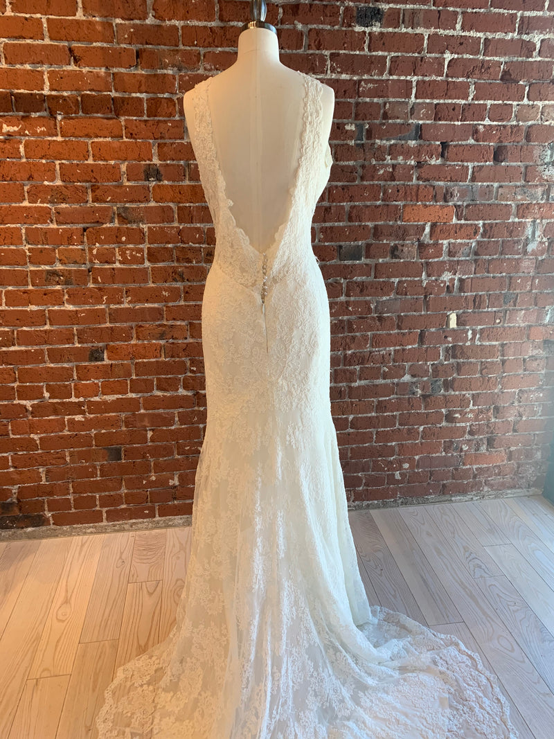 Alisa By Wtoo Wedding Dress - Size 20