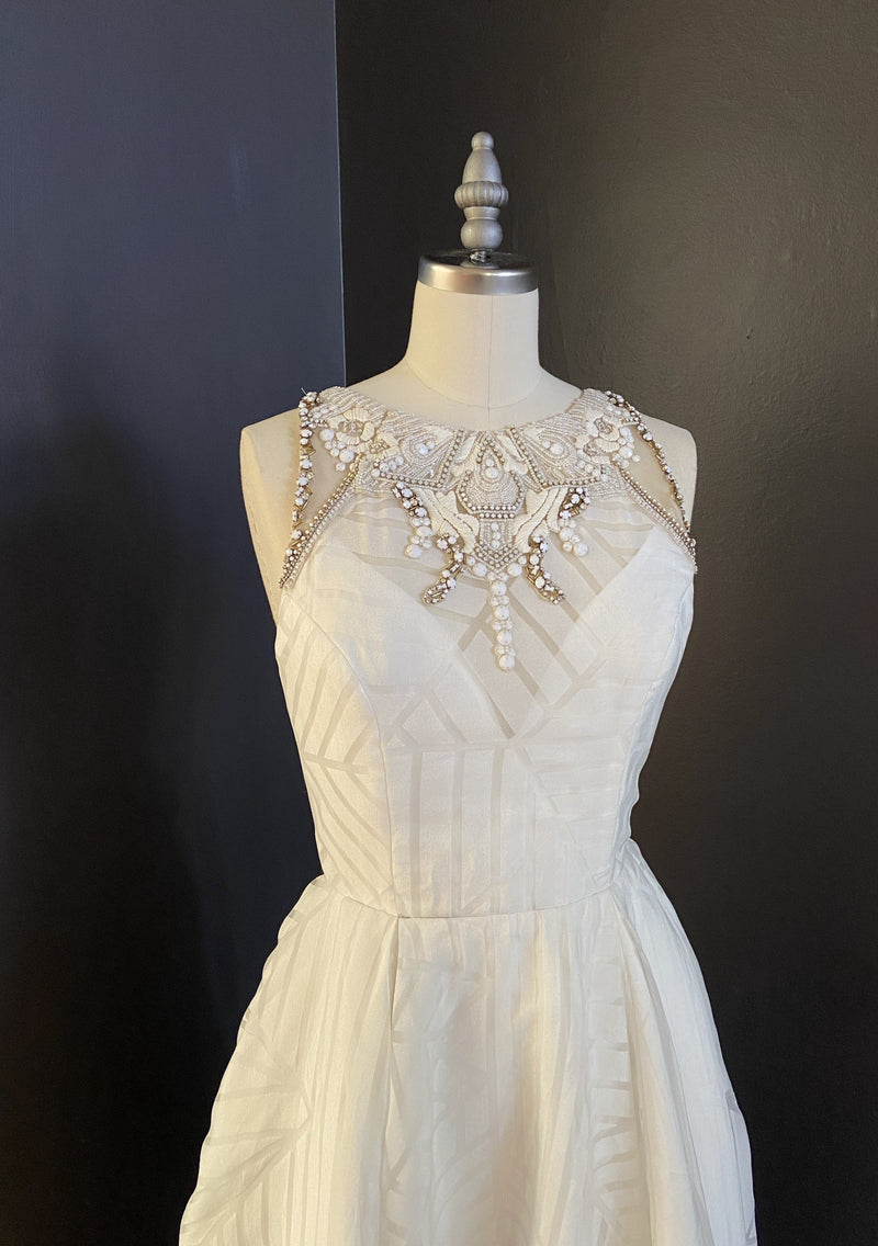 Nirvana By Hayley Paige Wedding Dress - Size 6