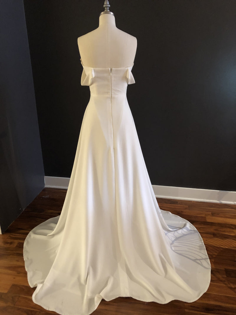 Bryant By Rose & Williams Wedding Dress - Size 8