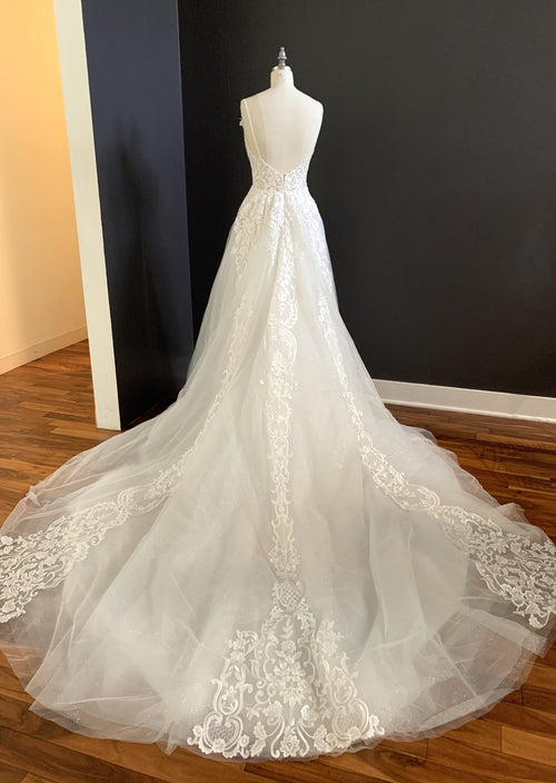 Odelia By Calla Blanche Wedding Dress - Size 4