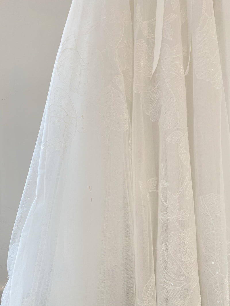 Bea By Marchesa Notte Wedding Dress / Size 10