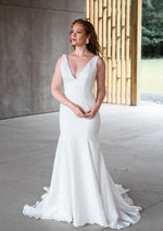 Riley By Rebecca Schoneveld Wedding Dress - Size 20
