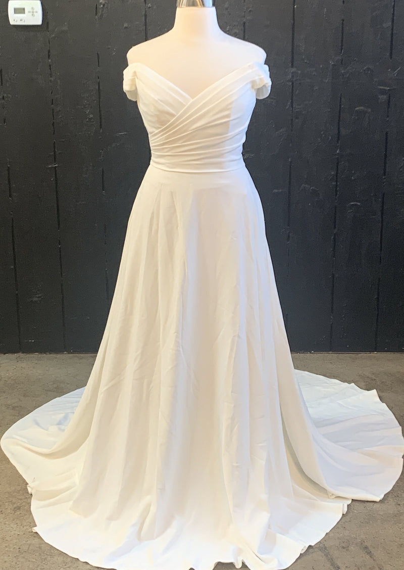 Marisol By Theia Wedding Dress - Size 12