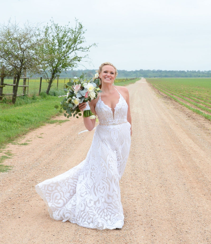 Delta By Blush By Hayley Paige Wedding Dress - Size 8