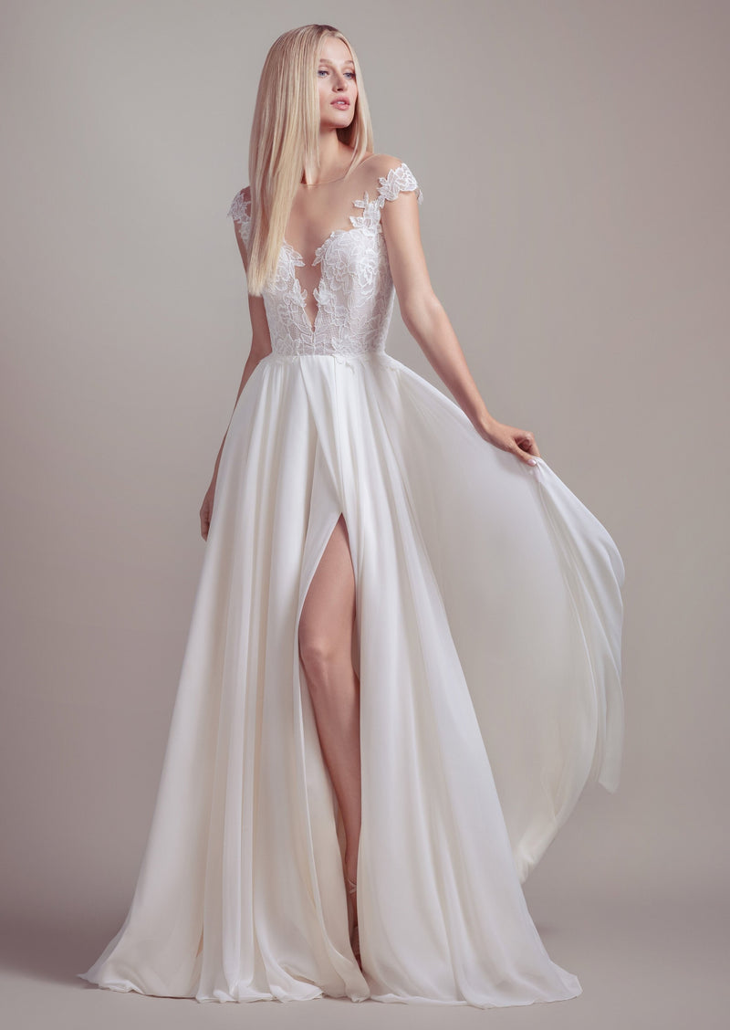 Soleil By Blush By Hayley Paige Wedding Dress - Size 8