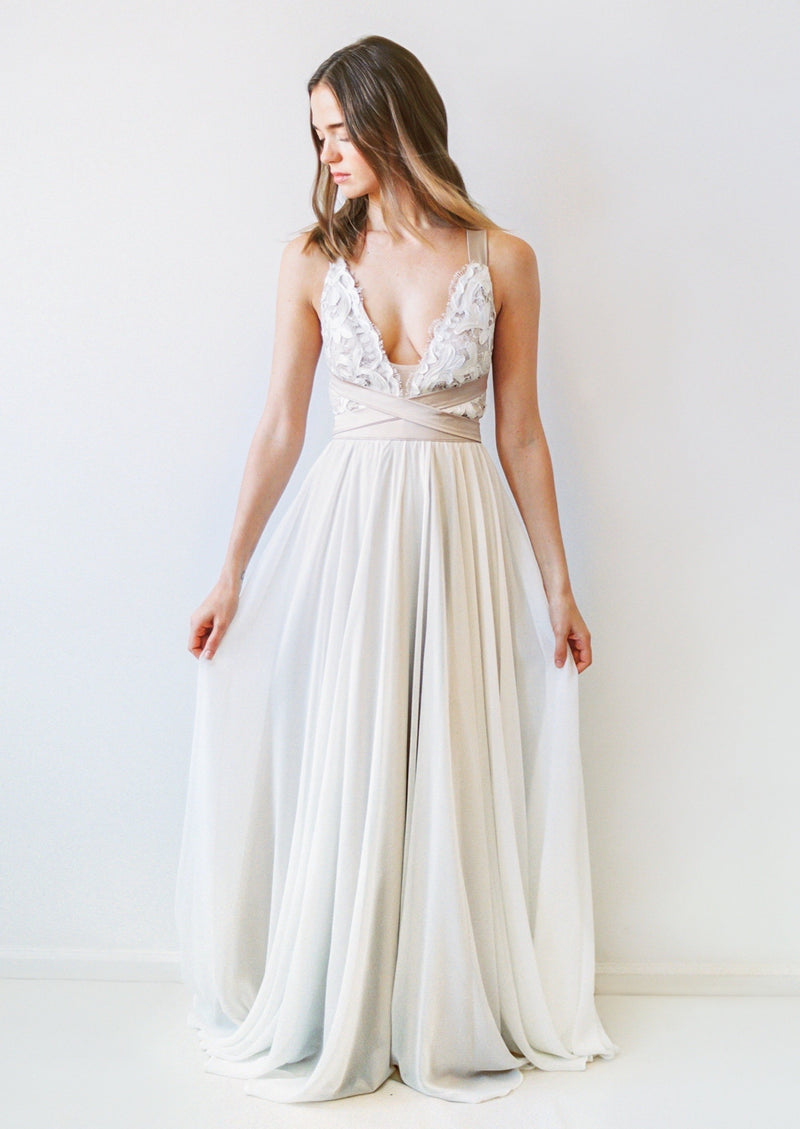 Carrall By Truvelle Wedding Dress - Size 8