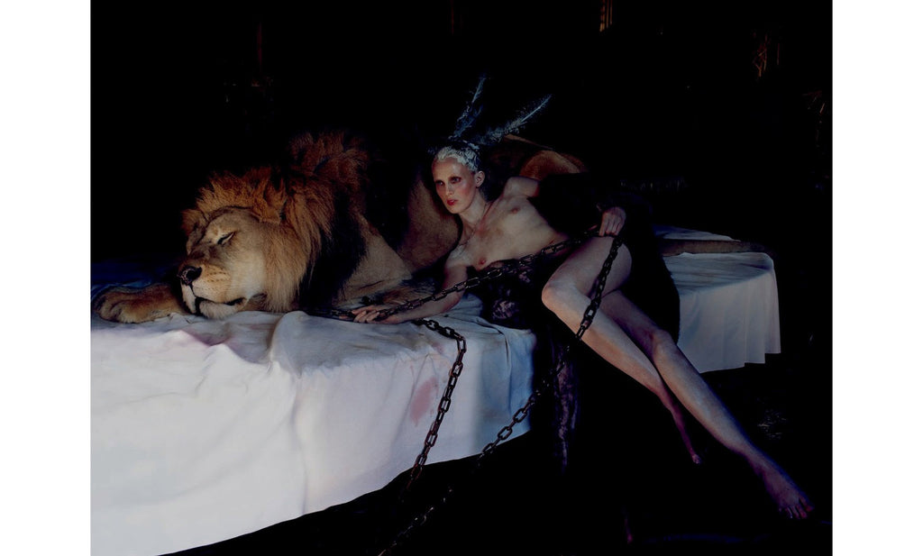 Tim Walker, The Lion King, Love Magazine No. 10 - 10