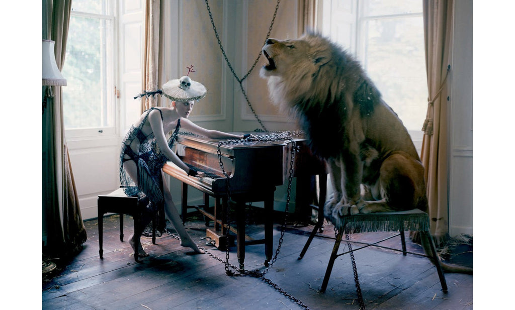 Tim Walker, The Lion King, Love Magazine No. 10 - 6