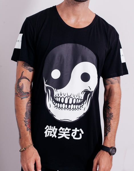 Naken Smile Tee Black